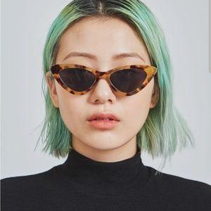 Accessories - Fashion runway sunglasses
